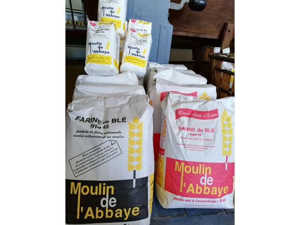 Farine bio producteur local  Atelier des Papilles Haute-Saône Montbozon Produits locaux